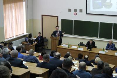 Seminar-meeting on training of tractor drivers in the Saratov region