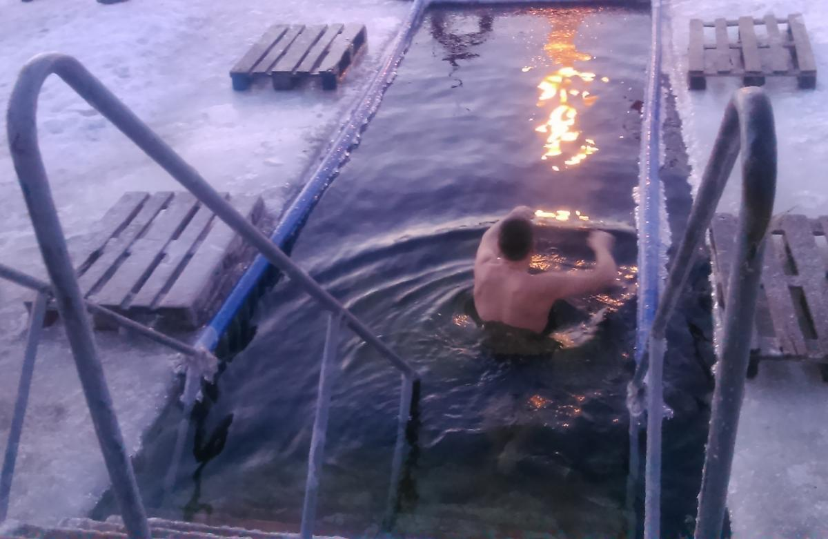 Participation of foreigners in Epiphany bathing