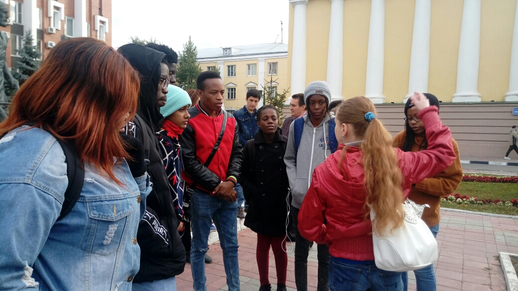 """Let's get acquainted!"". 1 year foreign students on a city tour. Фото 4"