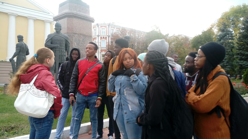 """Let's get acquainted!"". 1 year foreign students on a city tour. Фото 5"